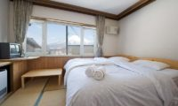 Slowlife Niseko Bedroom with Mountain View | East Hirafu