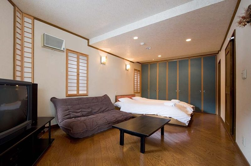 Slowlife Niseko Bedroom with Sofa | East Hirafu