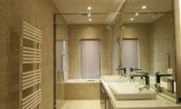 Snowbird His and Hers Bathroom with Bathtub | Annupuri