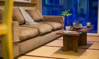 Tamo Sofa | Middle Hirafu