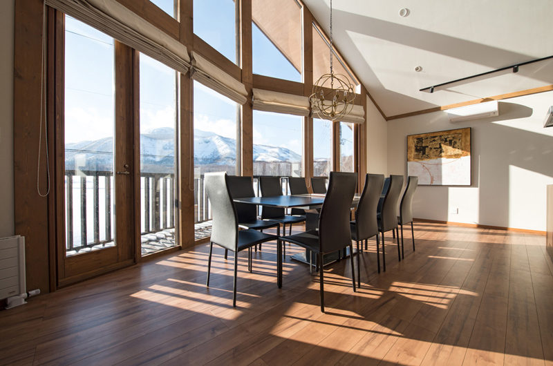 The Orchards Niseko Dining Area with Mountain View | West Hirafu