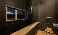 The Orchards Niseko Bathroom with Shower | West Hirafu