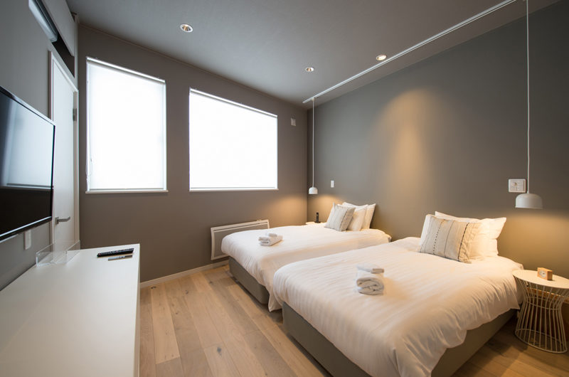 The Orchards Niseko Twin Bedroom with TV | West Hirafu