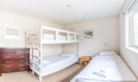 Wajima Bunk Beds | Middle Hirafu