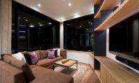 Yasuragi Lounge Area with TV   Lower Hirafu