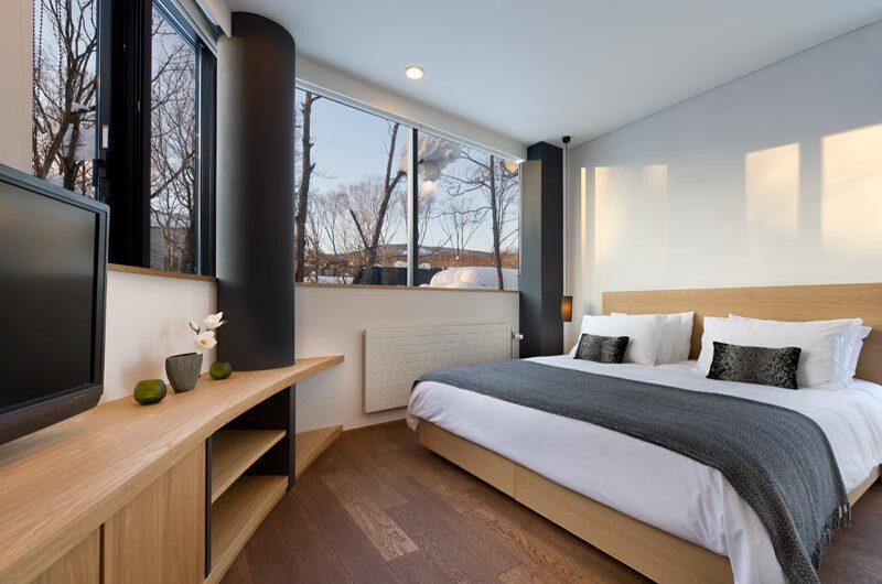 Yasuragi Bedroom with TV   Lower Hirafu