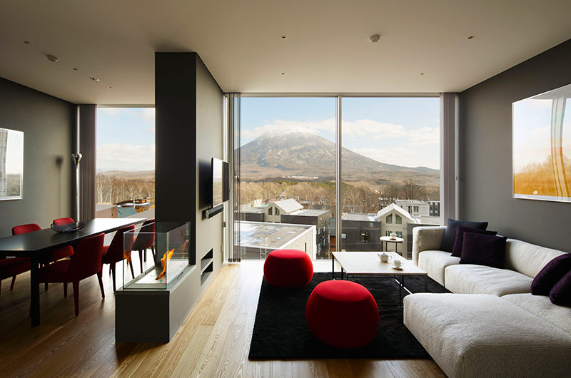 Terrazze Niseko Three Bedroom Yotei Deluxe Living | Middle Hirafu