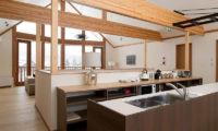 Eagle's Nest Kitchen Area | West Hirafu