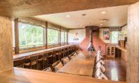 Jam Lodge Niseko Spacious Dining Area | West Hirafu