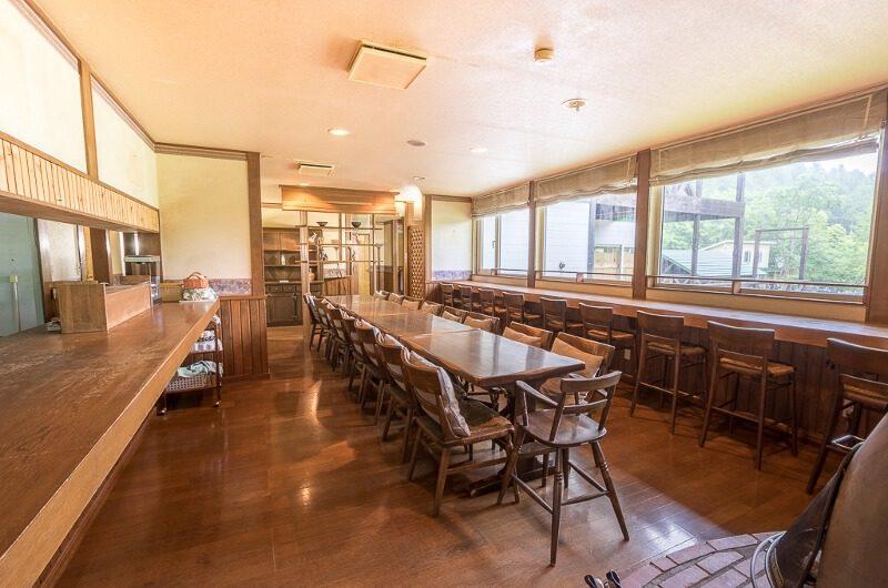 Jam Lodge Niseko Indoor Dining Area | West Hirafu