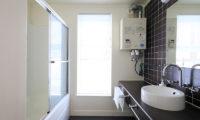 First Tracks Bathroom | Upper Hirafu