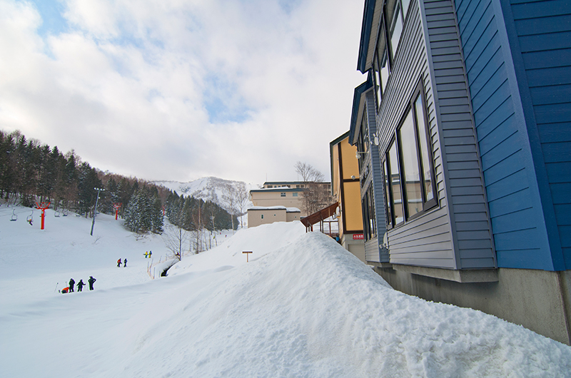 First Tracks Outdoor Snow | Upper Hirafu