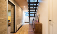 Gustavs Hideaway Corridor | Lower Hirafu