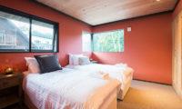 Gustavs Hideaway Twin Bedroom | Lower Hirafu