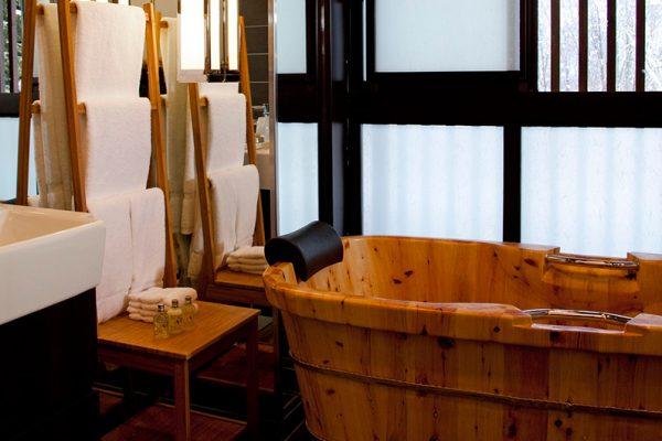 Kasara Townhouses En-Suite Bathtub | Niseko Village