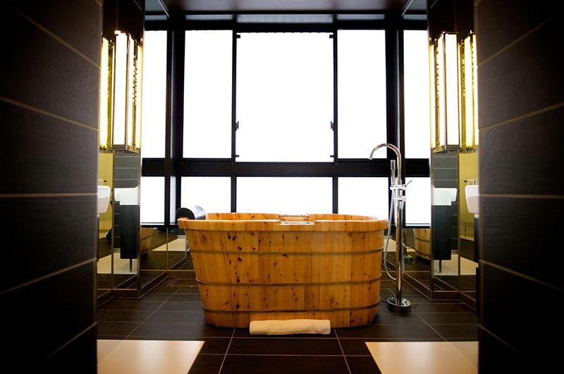 Kasara Townhouses Bathtub | Niseko Village