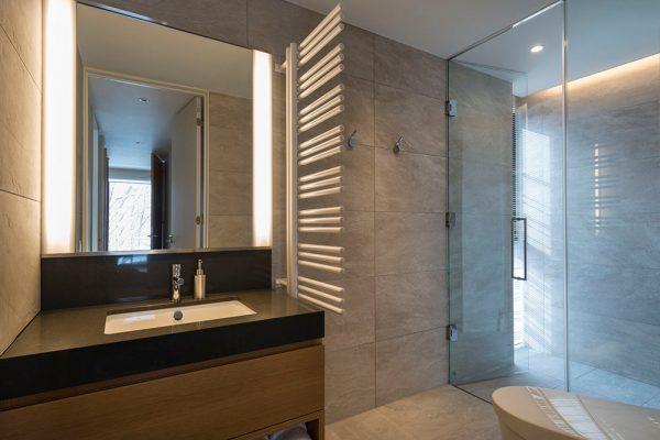 Kozue Bathroom | Middle Hirafu