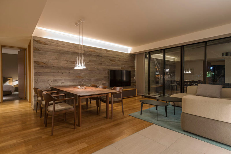 Kozue Living and Dining Area | Middle Hirafu
