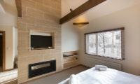 Gresystone Spacious Room with TV | Lower Hirafu