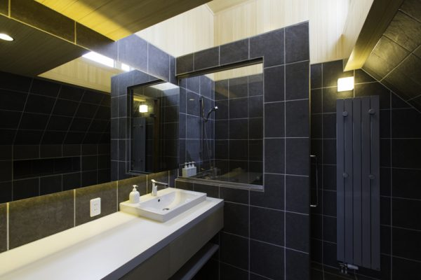 Gresystone Bathroom with Mirror | Lower Hirafu