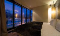 Muse Niseko Bedroom and Balcony | Middle Hirafu