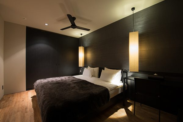 Muse Niseko Bedroom at Night | Middle Hirafu