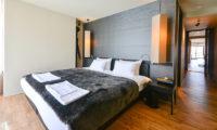 Muse Niseko Bedroom with Wooden Floor | Middle Hirafu