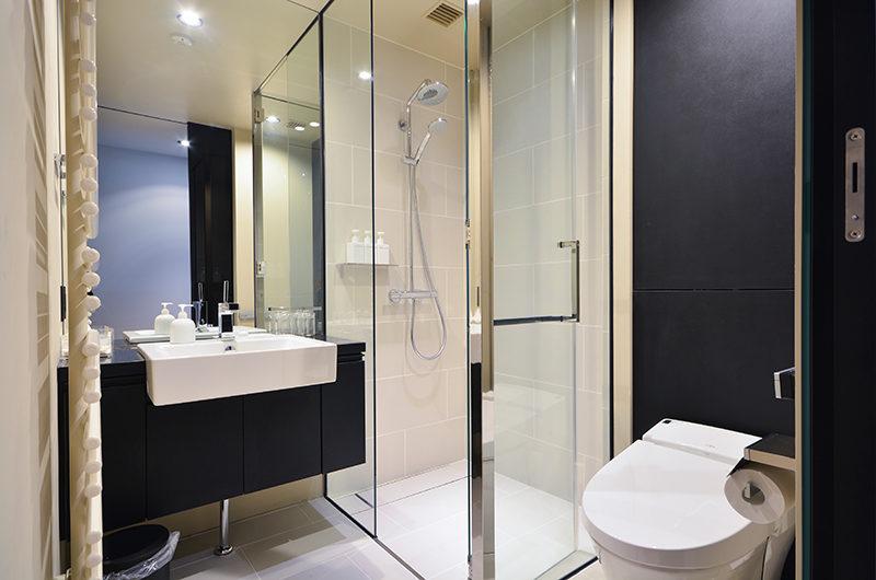 Muse Niseko En-Suite Bathroom | Middle Hirafu