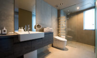 Aspect Niseko Bathroom with Shower | Middle Hirafu Village