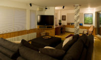 Chalet Murasaki Lounge Area with TV | Upper Hirafu