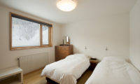 Chalet Murasaki Twin Bedroom with Window | Upper Hirafu