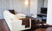 Full Circle TV Room | Middle Hirafu