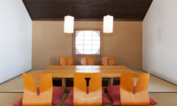 Ginsetsu Indoor Dining Area | Middle Hirafu