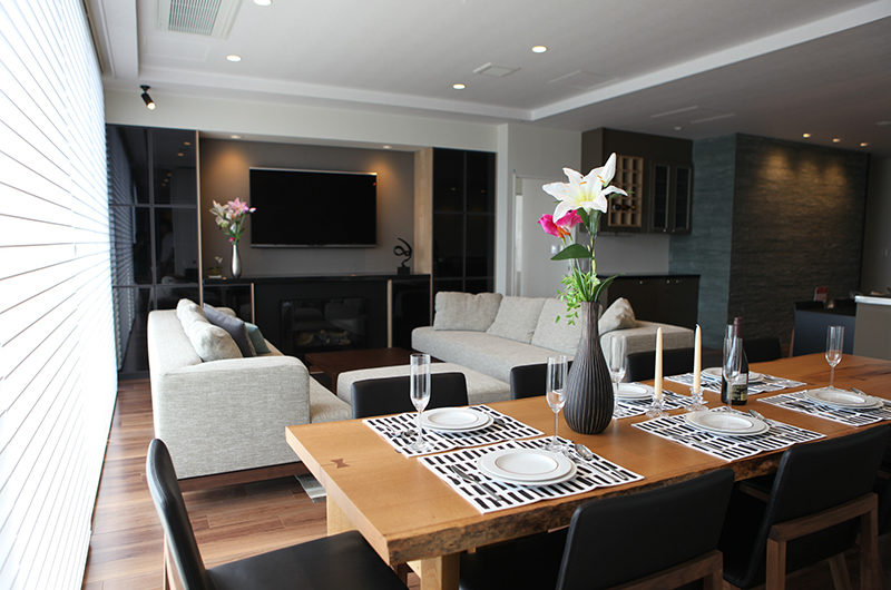 Hirafu 188 Apartments Dining with Crockery | Upper Hirafu
