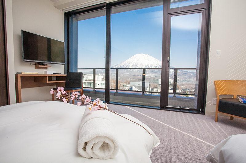 Hirafu 188 Apartments Bedroom with Mountain View   Upper Hirafu