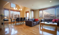 Kamakura Living and Dining Area | Middle Hirafu