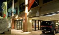 M Hotel Entrance | Middle Hirafu