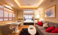 M Hotel Suite Living Area | Middle Hirafu