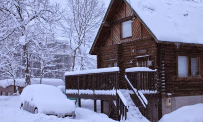 Nupuri Cottage Outdoor Area with Snow | Lower Hirafu