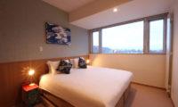 Snow Crystal Bedroom at Night | Upper Hirafu