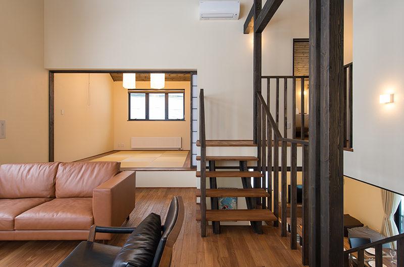 Tahoe Lodge Japanese Style Living Room near Stairs | East Hirafu