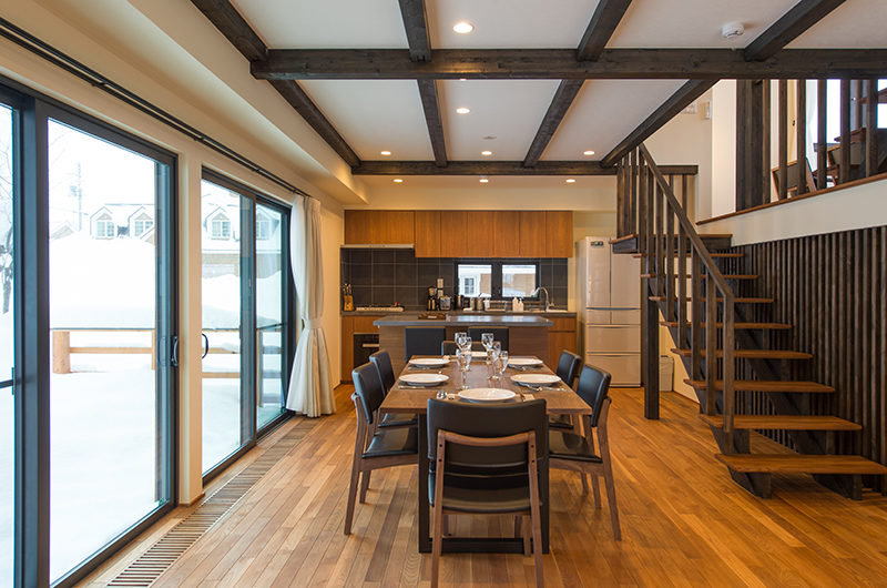 Tahoe Lodge Living Room | East Hirafu
