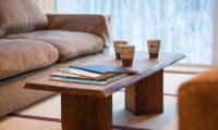 Tamo Lounge Area with Coffee Table | Middle Hirafu