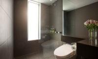 The Setsumon Bathroom | Upper Hirafu