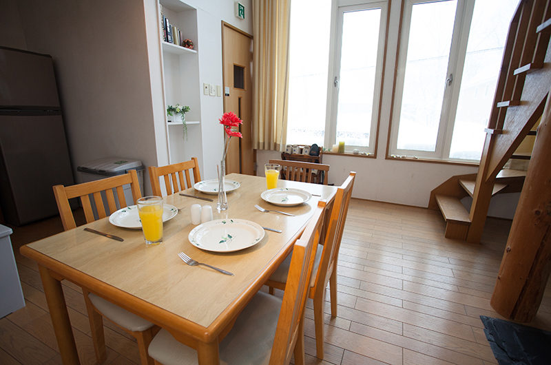Yotei Cottage Dining Area with Wooden Floor | Lower Hirafu
