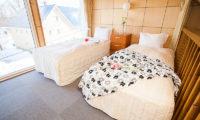 Yotei Cottage Twin Bedroom | Lower Hirafu