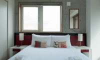 Yuki Uchi Bedroom with Table Lamps | Lower Hirafu