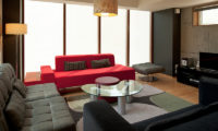 Yuki Uchi Living Area with TV | Lower Hirafu
