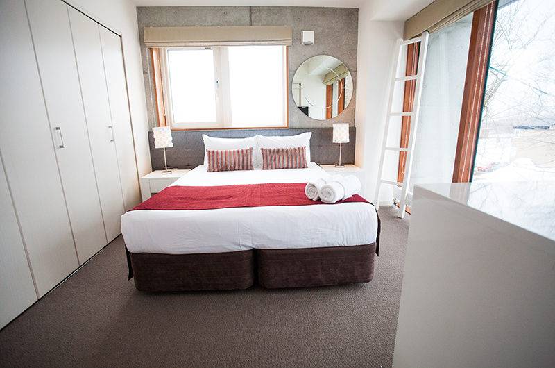 Yume Basho Bedroom with Carpet | Lower Hirafu