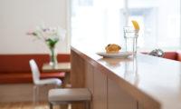 Yutaka Townhouses Breakfast Table | Middle Hirafu